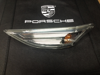 Porsche Standard Clear Side Marker, Right